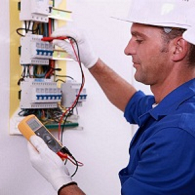 electrician in Naperville, IL